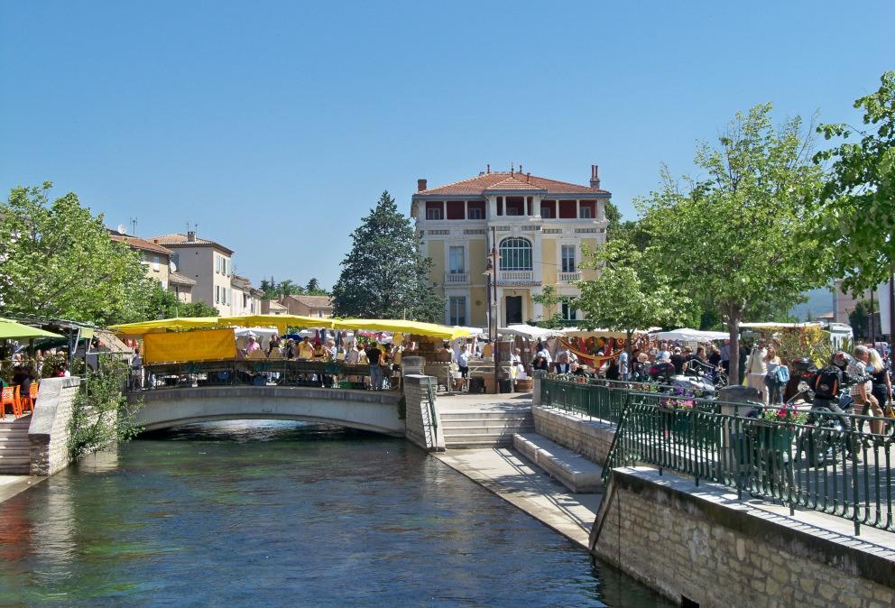 Voyage en groupe Isle sur la Sorgue Fontaine de Vaucluse
