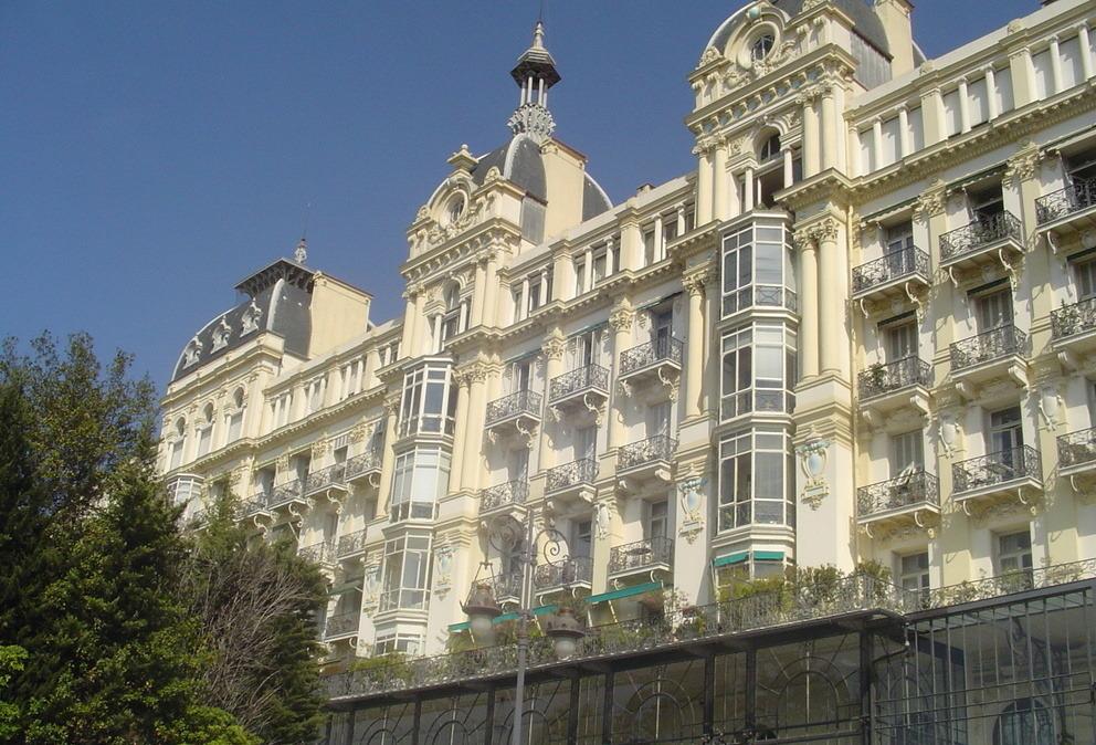 Nice et Saint Agnès journée libre de détente en transport grand tourisme nap